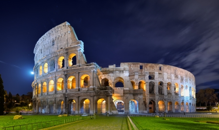 Colosseum at night in the moonlight Stock Photo - 15886236