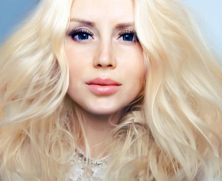 Close-up foto van het gezicht van een mooie vrouw.