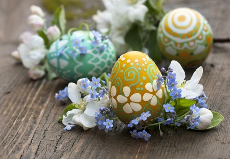 easter decorations: Easter eggs and spring flower  Stock Photo
