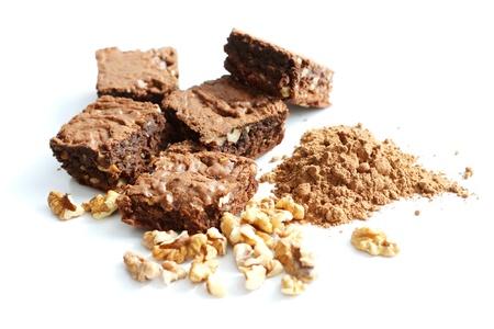 Kakao selbst gemachten Brownies und Zutaten, isoliert Standard-Bild - 10551863
