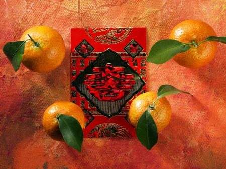 mandarin oranges on the ang pao pack