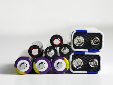 few different type of battery Imagens