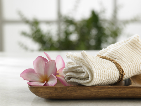 towel on the wooden tray