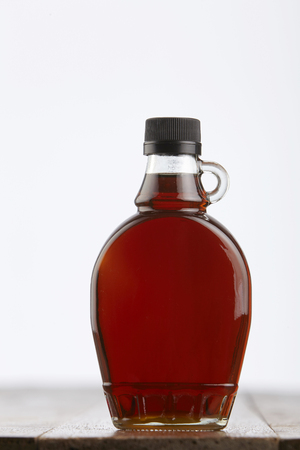 bottle of pure maple syrup 免版税图像