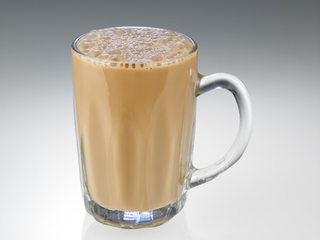 Tè con latte o Teh Tarik in Malesia