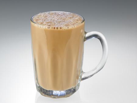 Té con leche o Teh Tarik en Malasia