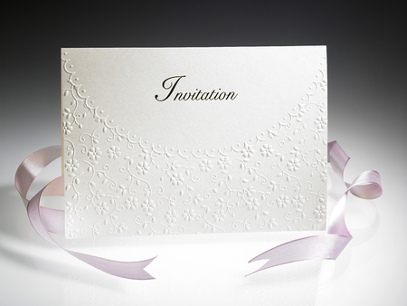 invitation card with pink ribbon Reklamní fotografie
