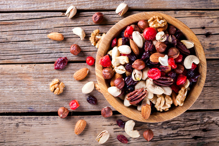 Nuts and dried fruit mix. Imagens