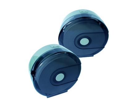 utiles de aseo personal: tejidos rodillo enorme en el fondo blanco aislado Foto de archivo