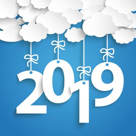 Chmury papieru z tekstem 2018 na niebieskim tle. Plik wektorowy EPS 10.