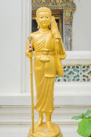 peregrinación: Peregrinaci�n estatua de Buda