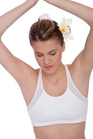 Rubia dama de fitness en el yoga posición sobre fondo blanco Foto de archivo - 4485197