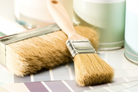 paint bucket: Brushes, paint cans and paint swatch