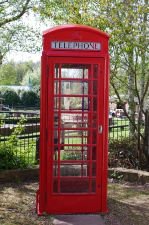 Red English telephone kiosk