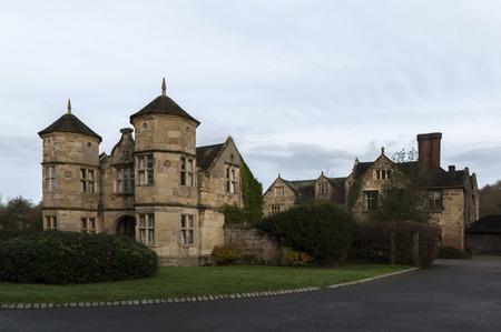 gatehouse: Madeley Court gatehouse