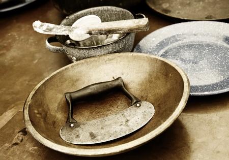 utencilios de cocina: Vintage cocina y elementos de cocción (sepia) Foto de archivo
