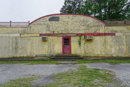 New Church, Virginia: Abandoned ruins of