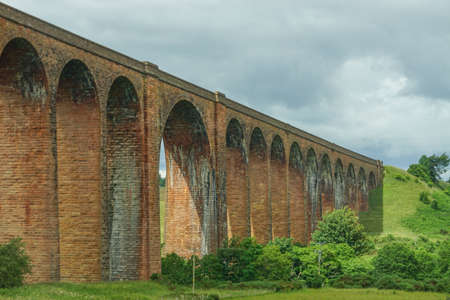 The Nairn Viaduct (1898), aka the Culloden or Clava Viaduct, east of Inverness in the Highlands of Scotland. Stock fotó