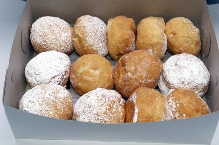 Paczyki's In A Box, or a Dozen Poonchkies in Bakery Container