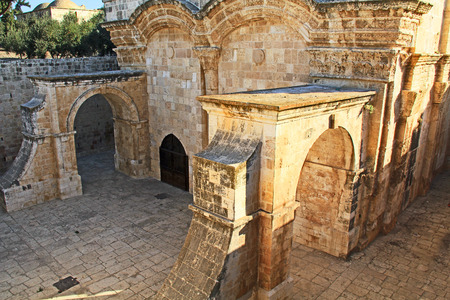 east gate: Inside the Golden Gate, also known as the Eastern Gate as seen from the Temple Mount in Old Jerusalem, Israel.