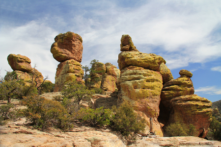 walking paths: Echo Canyon rock hoodoos formation in Chiricahua National Monument near Wilcox, in southern Arizona, USA. Stock Photo