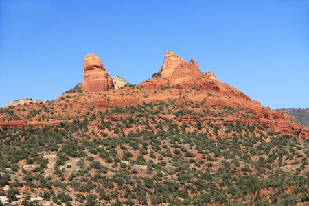 coconino national forest: Red rock formation in Red Rock State Park along Oak Creek Canyon, a riparian habitat in Verde Valley, within Yavapai county, Sedona, Arizona, USA including Coconino National Forest.