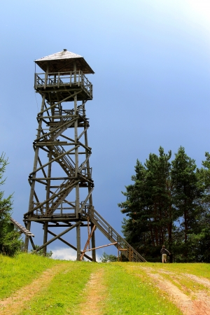 wooden sight tower photo