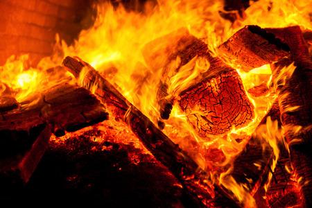 firebox: Closeup fire of an oven of wood