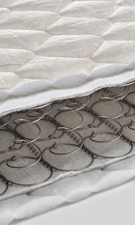 Ffnen Sie Feder und Schaum - Latexmatratze bonnell Querschnitt Standard-Bild - 46901800