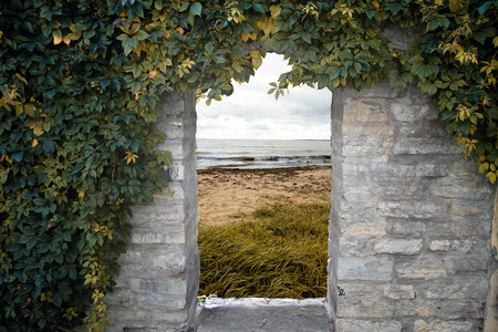 door to the sea photo