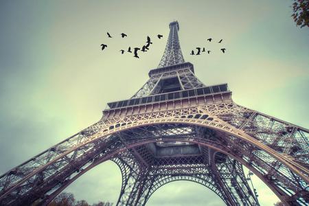 Venster naar Parijs. Architectuur van Parijs .France. Europa
