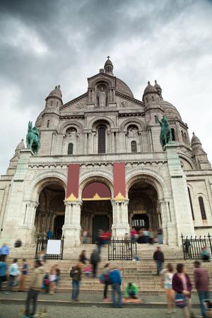 sacre coeur: Montmartre Paris. Basilique du Sacr�-C?ur de J�sus