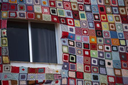 case colorate: Puerto de la Cruz. case colorate sull'isola.