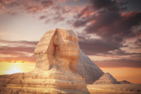 cheops: Image of the great pyramids of Giza, in Egypt.