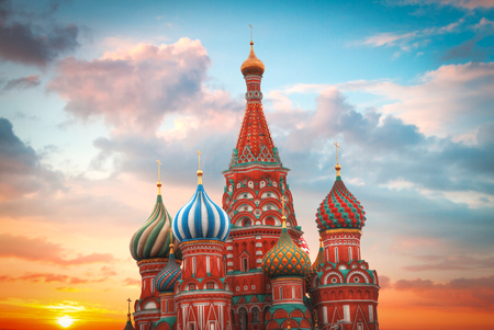 St. Basil's Cathedral - an Orthodox church on Red Square in Moscow, a well-known monument of Russian architecture. 스톡 콘텐츠