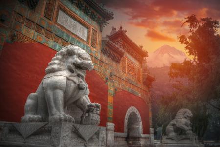紫禁城は世界最大の宮殿複合施設です。中国、北京の中心部に位置