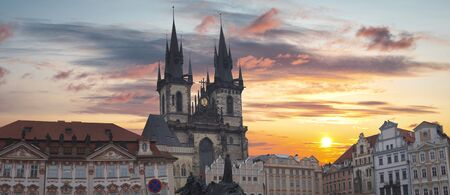 Prague Old town square, Tyn Cathedral. under sunlight. Stockfoto
