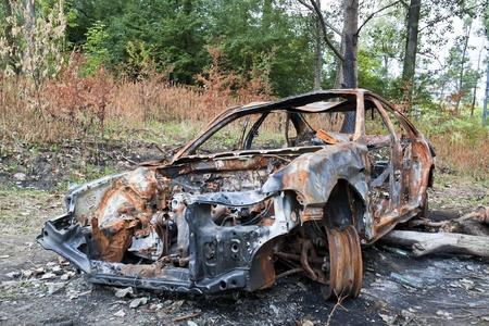 Gevolg van een ongeval - vernielde auto. Stockfoto
