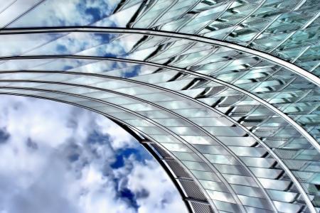 Moderne architectuur, Polen Details van wolkenkrabber in Warschau Architect Norman Foster Stockfoto