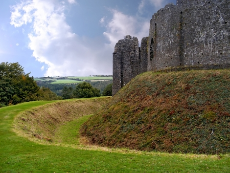 lanhydrock: Restormell castle  Beautiful medieval castle in Cornwall  Great Britain