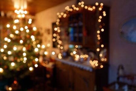 Blurred Family Room Illumination in Christmas Time Standard-Bild