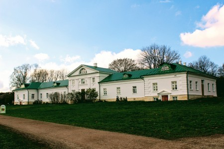 A snow-white house with a green roof in the estate of Count Leo Tolstoy in Yasnaya Polyana in October 2017. Editorial