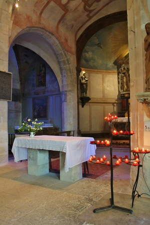 altar and arches