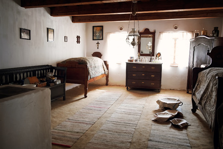 pise: Hungarian old house interior