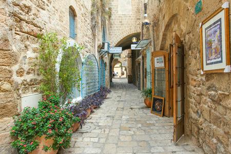 Typical alley in Jaffa, Tel Aviv - Israel Banco de Imagens - 33230706