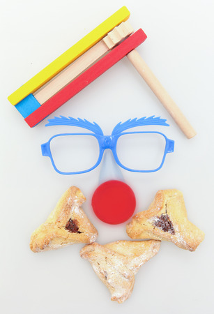 hamantash: Purim arrangement with Hamantashen, Gragger, Funny glasses and a red nose