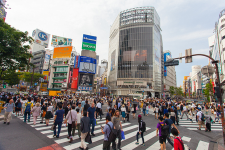 Shibuya pedestrian crossing also known as Shibuya scramble Banco de Imagens - 56845318