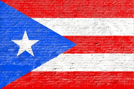 bandera de puerto rico: Puerto Rico - bandera en la pared de ladrillo Foto de archivo