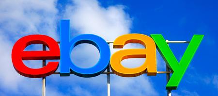 Ebay logo, eBay è una multinazionale e l'e-commerce società americana, che fornisce consumer-to-consumer e business-to-consumer servizi di vendita via Internet. Archivio Fotografico - 56848332