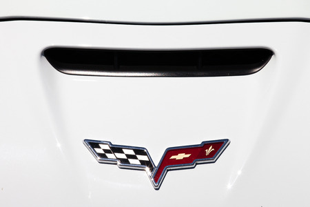 corvette: Corvette emblem and car front